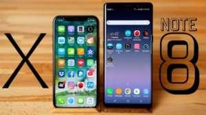 老外去店里买iPhone X  店员掏出Note8屏幕更大,看片特爽